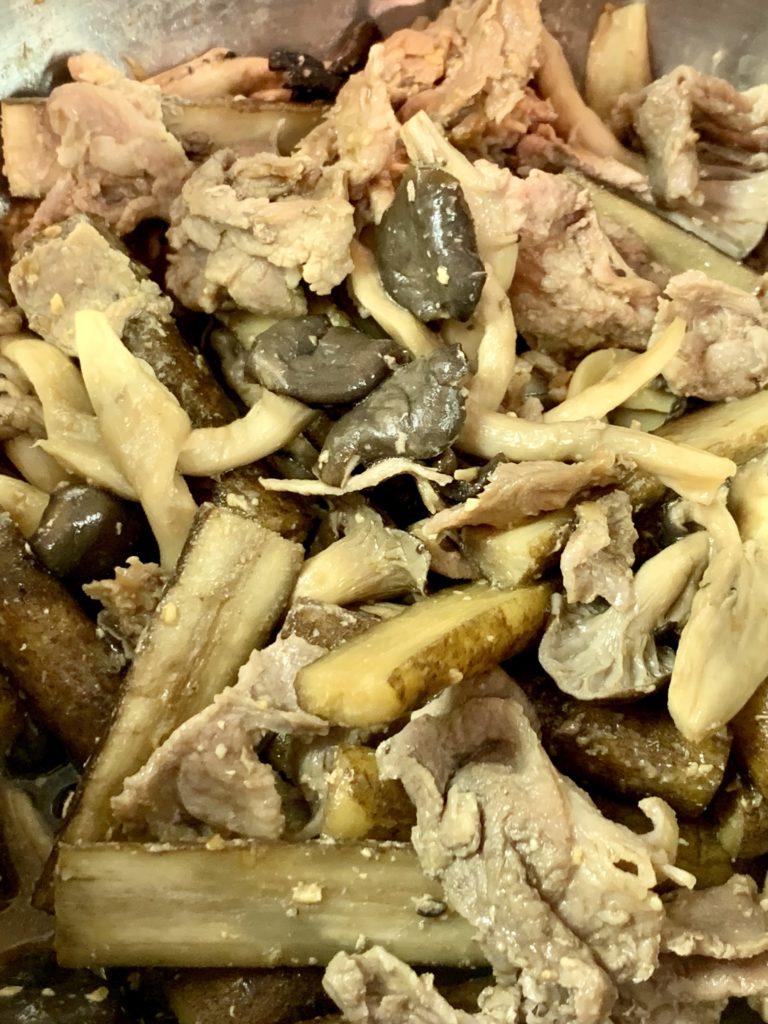 ホットクックでごぼうと豚肉とひらたけ煮物